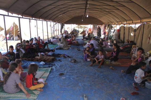 Yazidi refugees DFID CC BY-SA 2.0